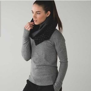 Lululemon athletica vinyasa scarf